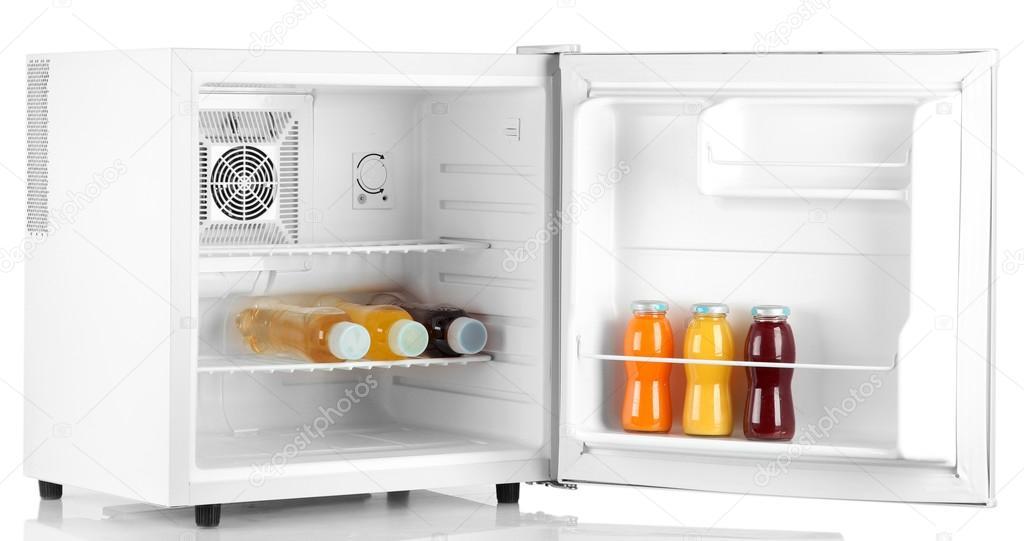 Mini Kühlschrank Für Flaschen : Mini kühlschrank voller flaschen saft soda und obst u stockfoto