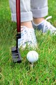 ženské golfové hráče na golfovém hřišti