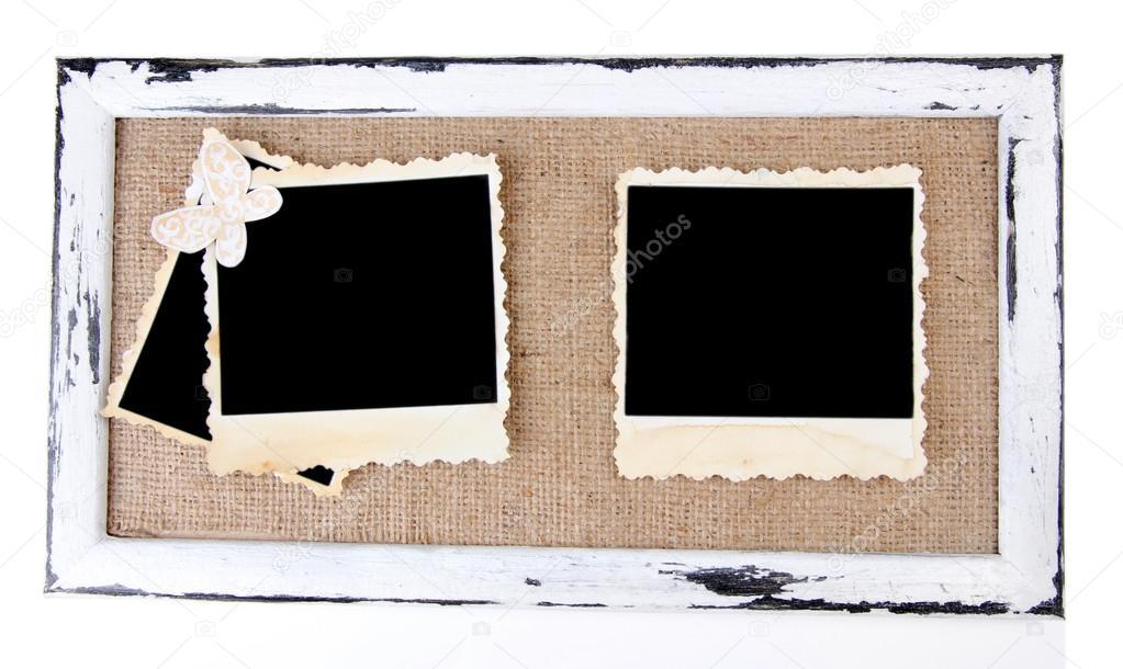 Marco de madera con fotos antiguas en blanco aislado en blanco ...
