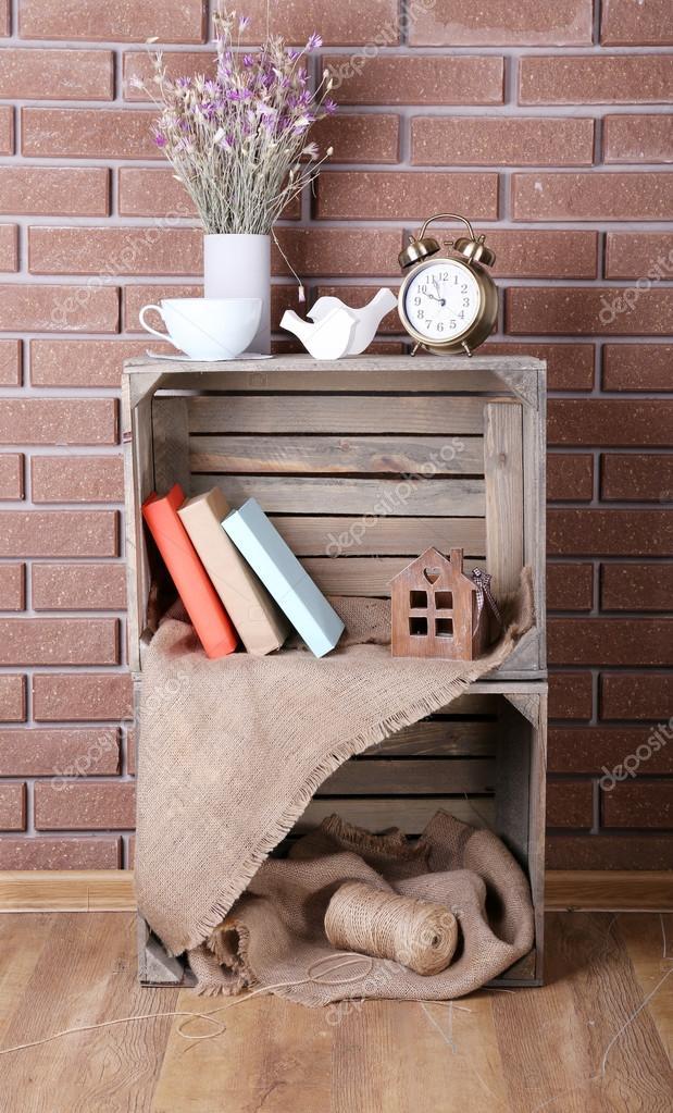 Mensole in scatole di legno per piccole cose per la casa for Cose per casa