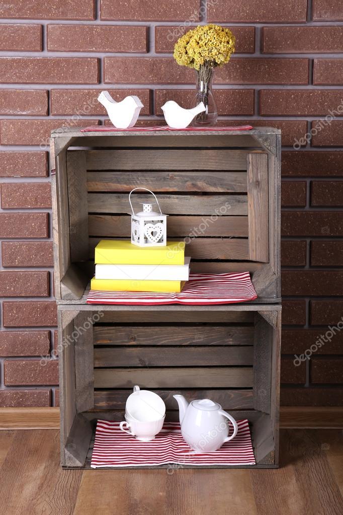 Estantes de cajas de madera para las cosas peque as para - Estanterias pequenas de madera ...
