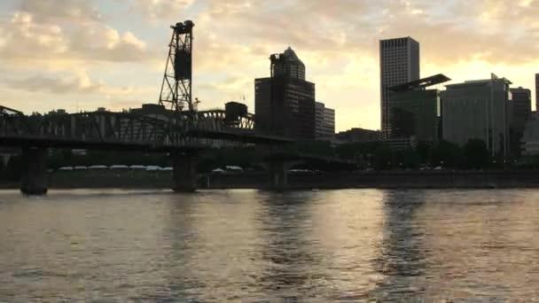 Portland centra, nebo při západu slunce s remízou most timelapse