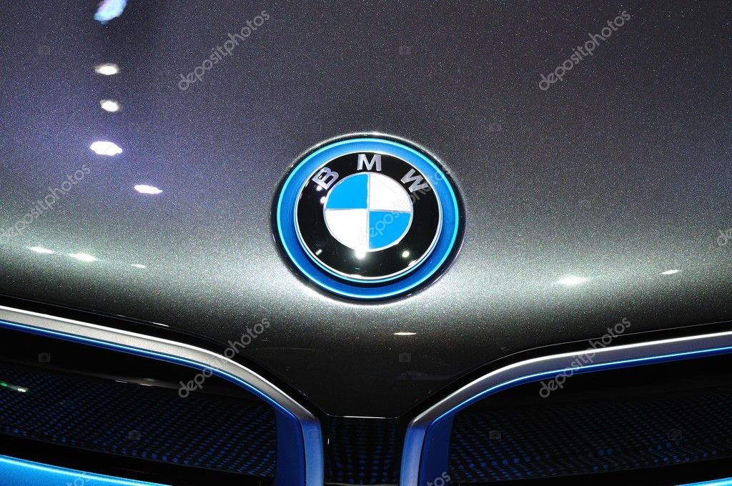 NONTHABURI - MARCH 25:Logo of  NEW BMW I8  on display at The 35t
