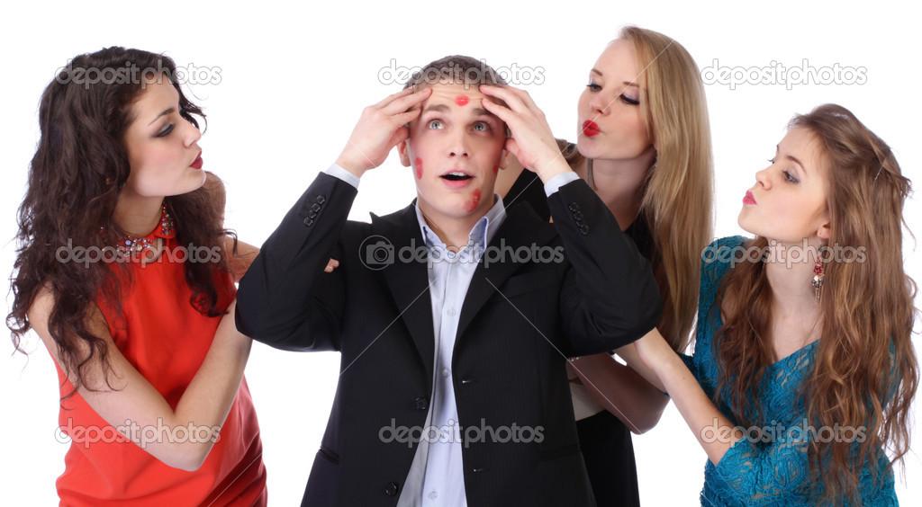 Один парень и три девушки пирамида, глубокий анал с большими членами фото