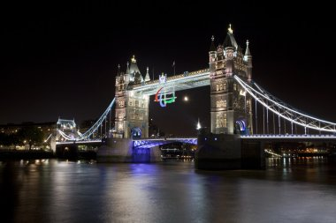 Tower Bridge and the Paralympic Logo
