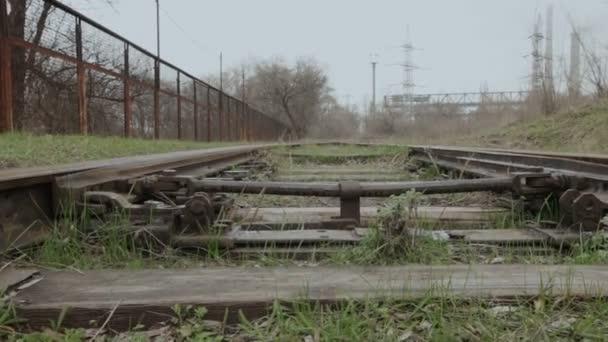 Kamera mozog, hogy az ingó vasúti