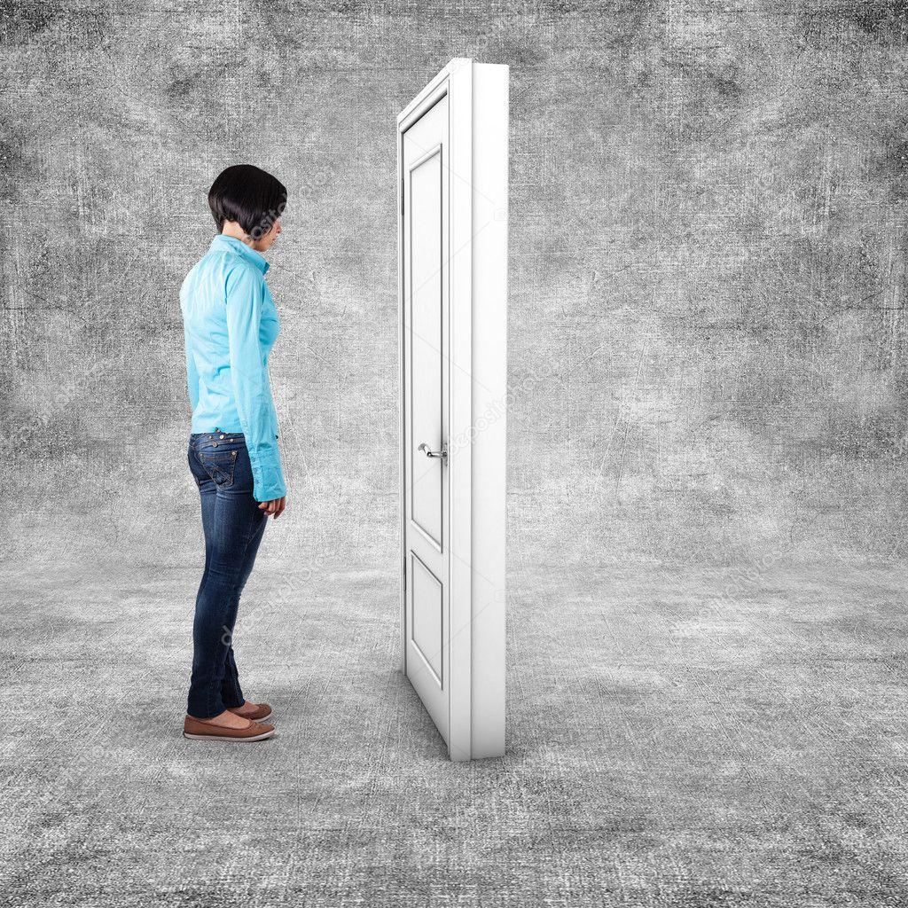Картинки по запросу картинка девушка перед дверями