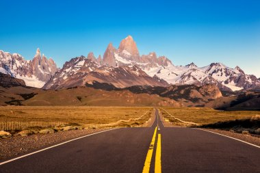 Road to Fitz Roy Mountain Landscape