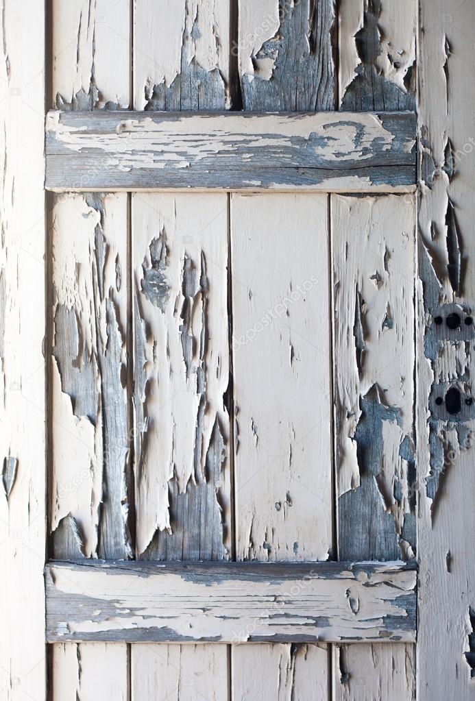 Peinture qui s 39 caille sur une vieille porte en bois for Vieille porte en bois