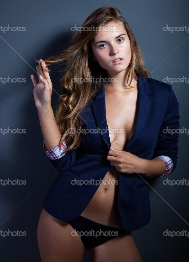 Foto: donne senza reggiseno e mutande | donna sexy senza ...