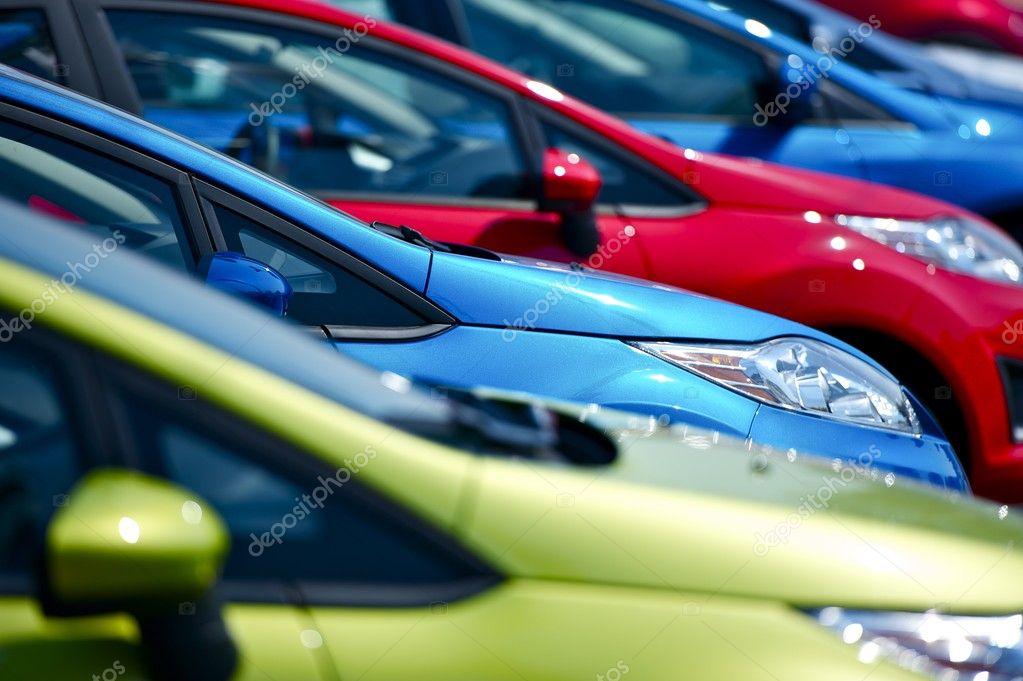 Stock di auto colorate