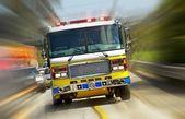 hasičský vůz v akci