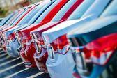 Fényképek új autók raktáron