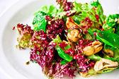 Fényképek étterem, étel, díszes saláta