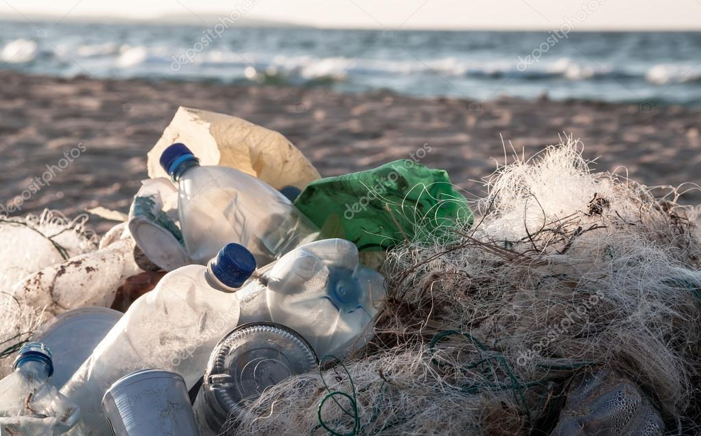earth day 2010 finds weight of plastic water bottles