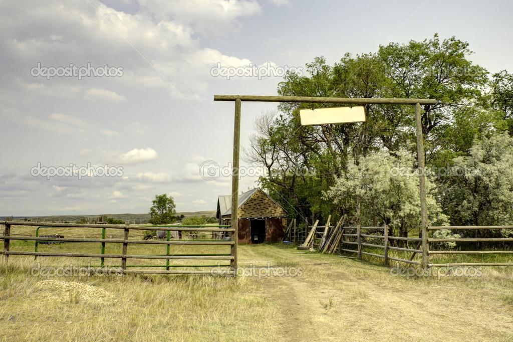 Ingresso al ranch foto stock jacksonjesse 12436658 for Piani di ranch tentacolare