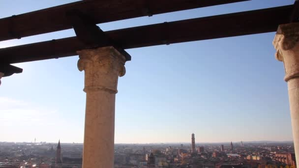 Verona, Itálie - cca prosince 2013: panorama z Verony