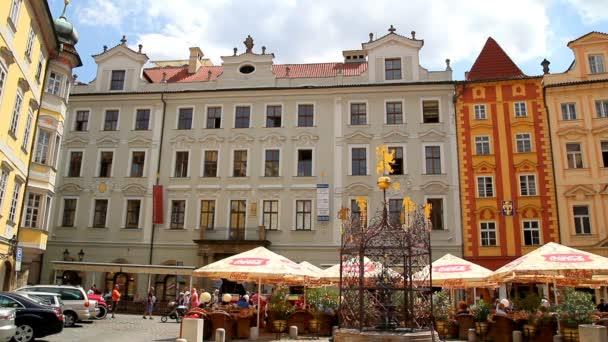 pražské Staroměstské náměstí 33
