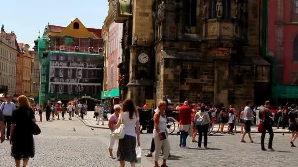 pražské Staroměstské náměstí 42