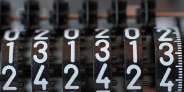 counter with all thirteen numbers in sequence
