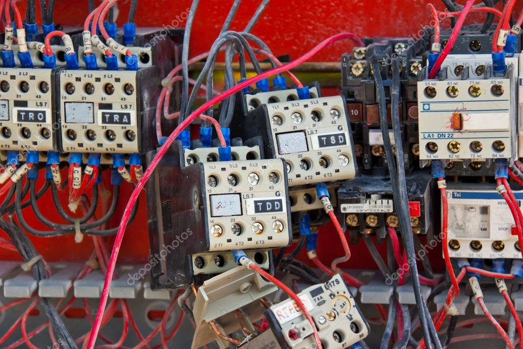 Elektrische Verbindingen Stockfoto Abotusan 12723909