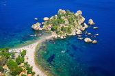 Photo Aerial view of Isola Bella beach in Taormina, Sicily