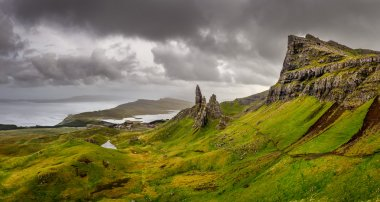 Panoramic view of Old man of Storr mountains, Scottish highlands