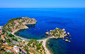 Photo Aerial view of Isola Bella beach coast in Taormina, Sicily