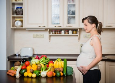 Pregnant woman - healthy food