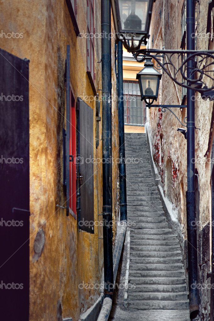 Фотообои Narrow staircase in Stockholm