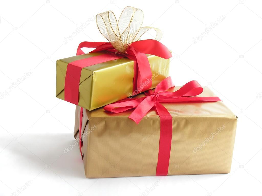 Traditionelle Weihnachtsgeschenke.Traditionelle Weihnachts Geschenke In Gold Papier Stockfoto