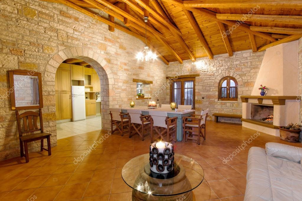 Villa di lusso in stile tradizionale foto stock smoxx for Piani di casa in stile adobe di lusso