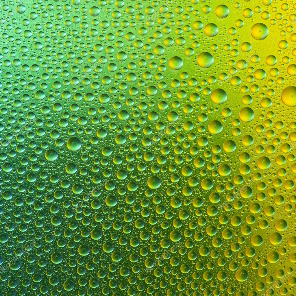 Waterdrops spectral gradient green gold yellow nature colors rainbow colorful beading lotuseffekt tau sealing