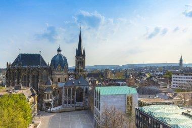 Aachen Aachener Dom Aix-la-Chapelle UNESCO-Welterbe Kaiserdom kaiser sehenswürdigkeit gotik kirche