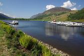 Lodě jsou v přístavu, Skotsko