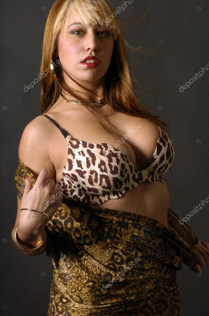 Women hot cougars 33 Wifelovers