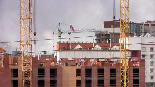 Building site with multiple cranes