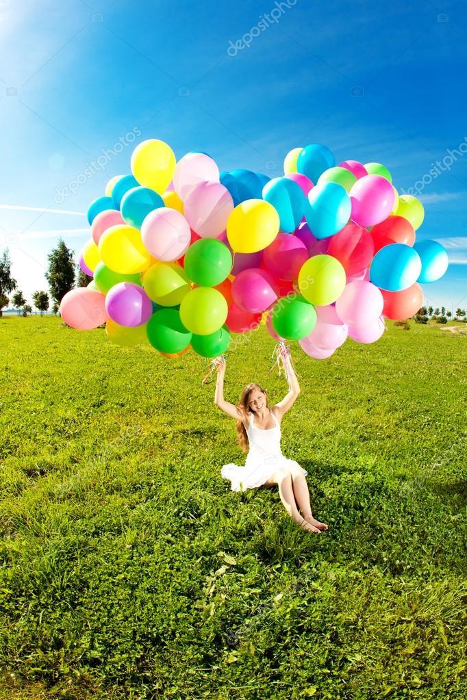 Fabulous Gelukkige verjaardag vrouw tegen de hemel met regenboog-gekleurde  MI97