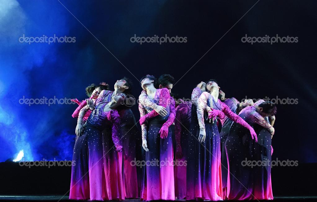 baile de grupo chino moderno — Foto editorial de stock © jackq #14183883
