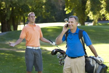 Talking on the cell phone while playing golf is annoying