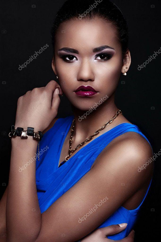 Glamour Closeup Portrait Schöne Sexy Schwarze Junge Stilvolle Frau