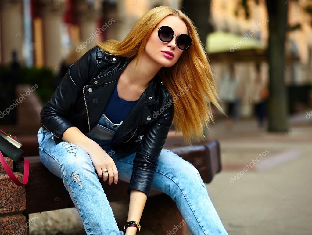 Фотки девушек в джинсах свежие рабочий стол
