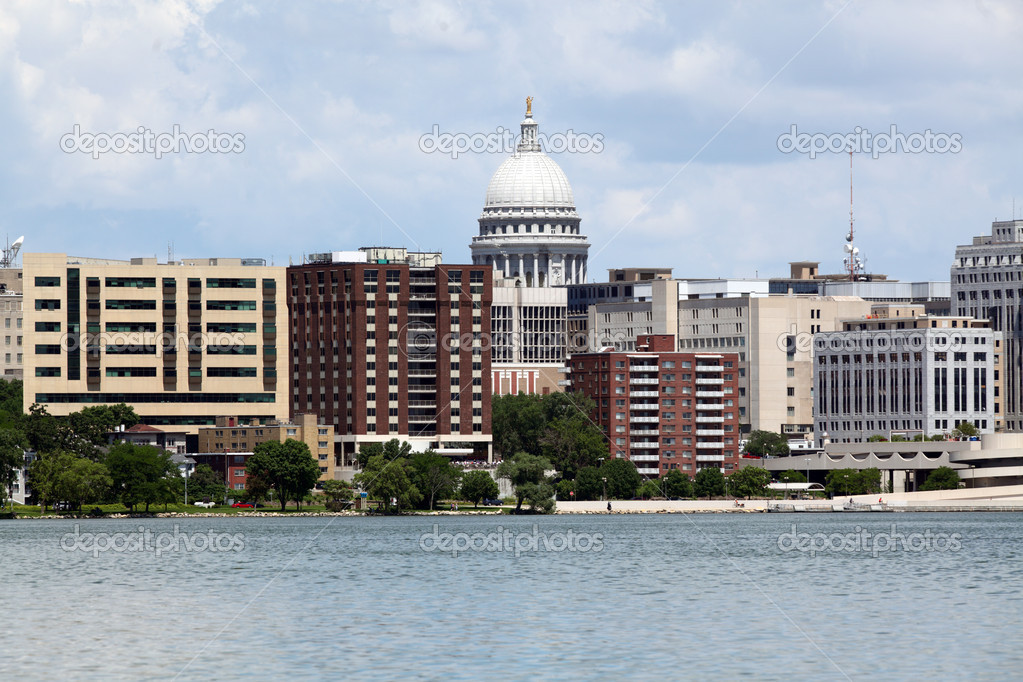madison wisconsin skyline stock photo jhansen2 26902855