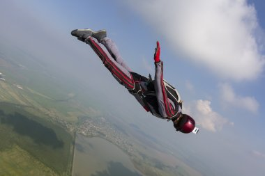 Skydiver moves