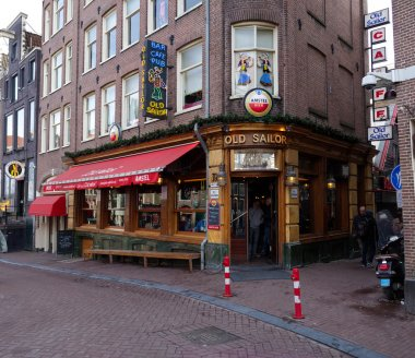 old sailor pub in amsterdam