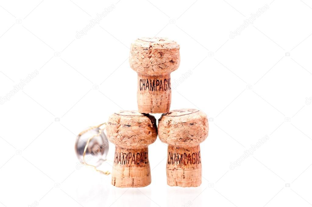 drei Sektkorken gestapelt mit Draht-Kappe — Stockfoto © calvste ...