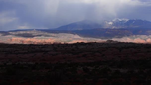 Arches national park con montagne di la sal