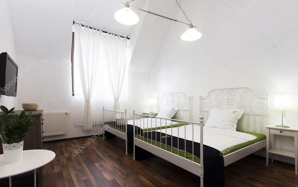 Camera da letto rustica — Foto Stock © melis82 #28617611