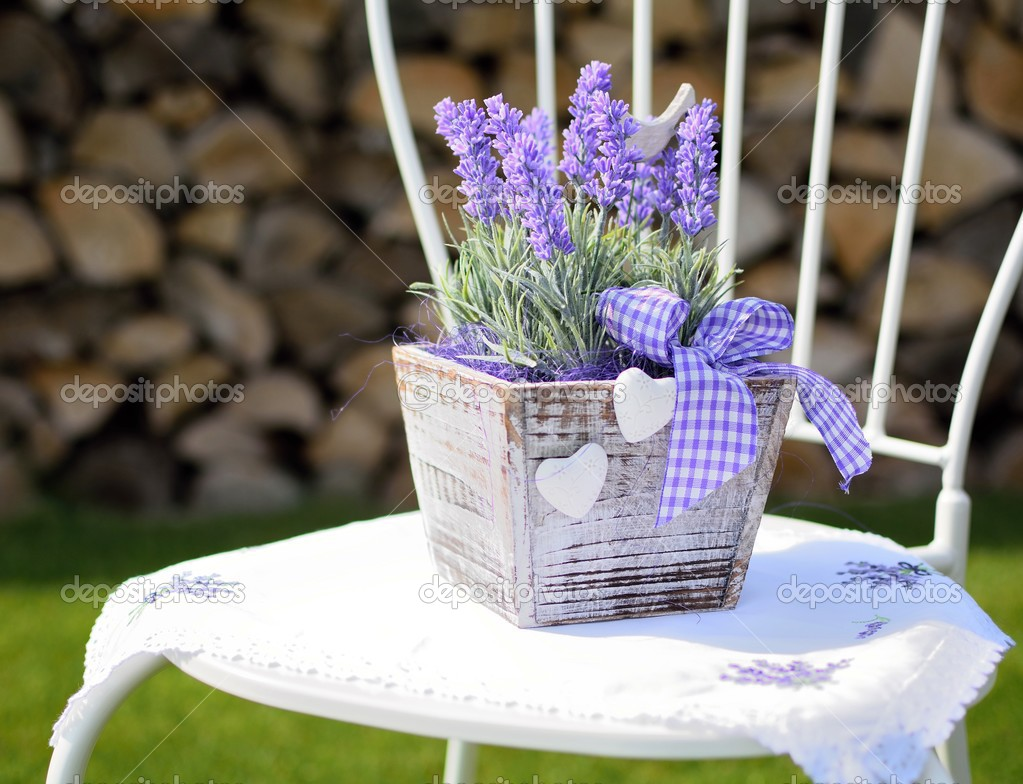 Lavendel Dekoration Stockfoto C Hamikus 45121177