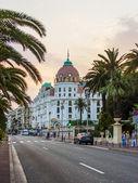 Nice, Franciaország, július 6, 2011. angol sétány (promenade des Anglais-től). Promenade des Anglais-től, a szép - szép és ismert töltések Európa egyik